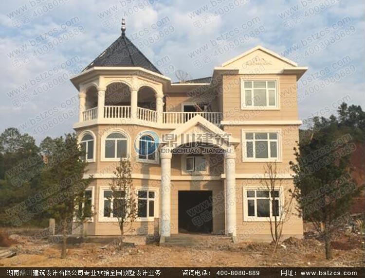 施工案例:漂亮的三层复式欧式别墅