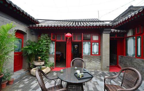 喜欢做东西厢房和中间的堂屋,厨房和卫生间都设计在院子的其他位置的.