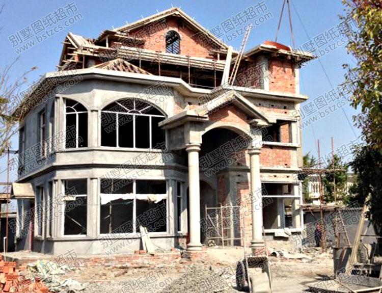 施工案例:漂亮的三层复式楼别墅
